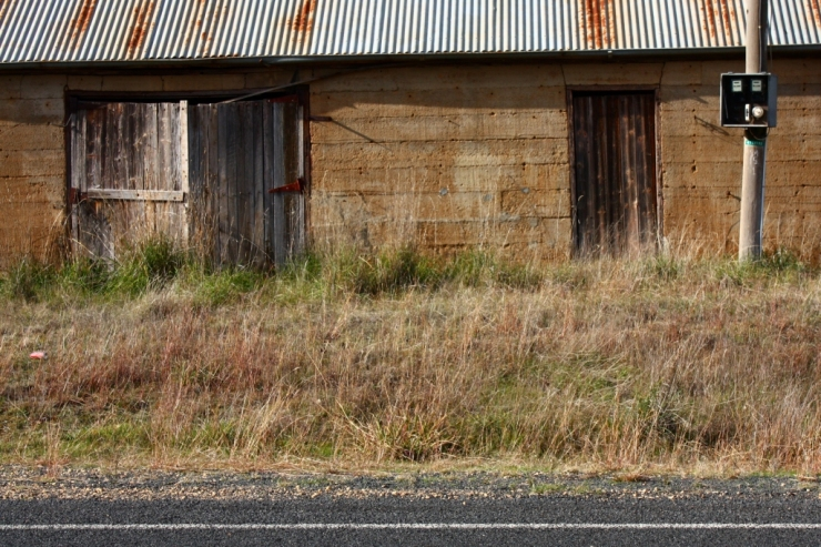 Old building on Wombat Road, 9 June 2013