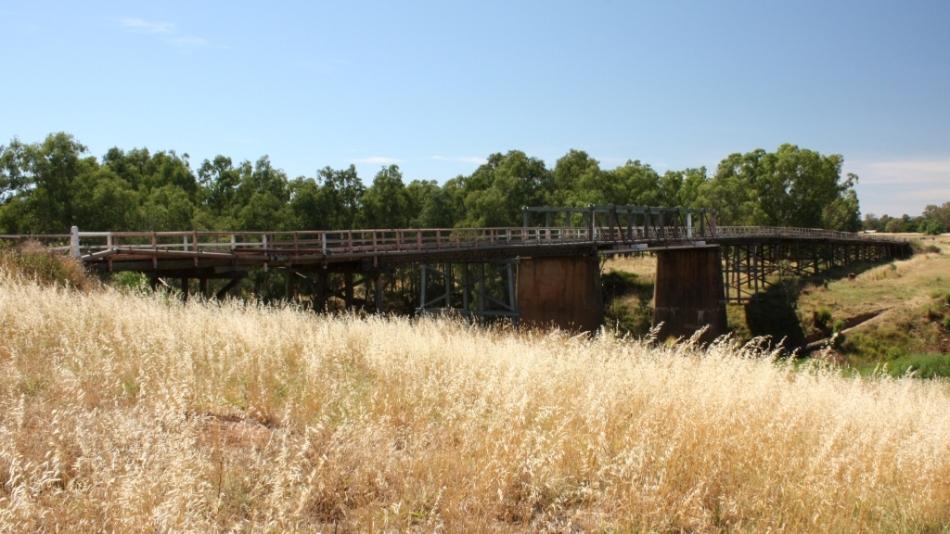 Holman Bridge Gooloogong Dec 2012