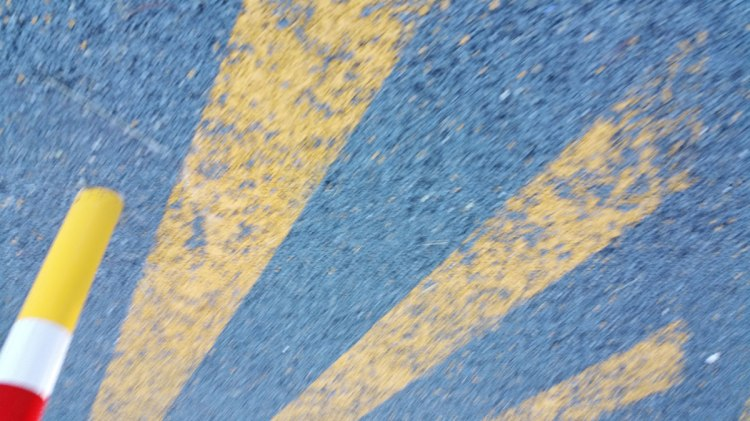 Markings yellow on blue
