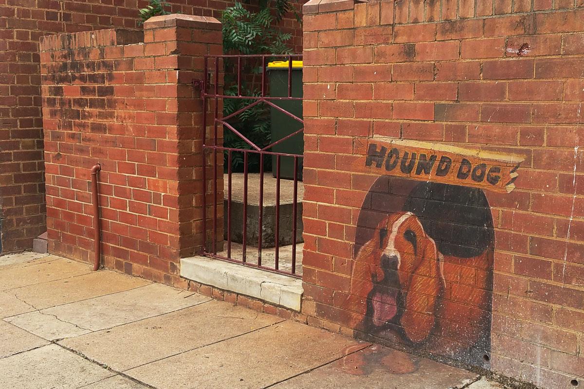Clarinda Street Hound Dog Public Art